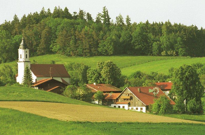 St. Wolfgang mit Kirche und Pilgerhof